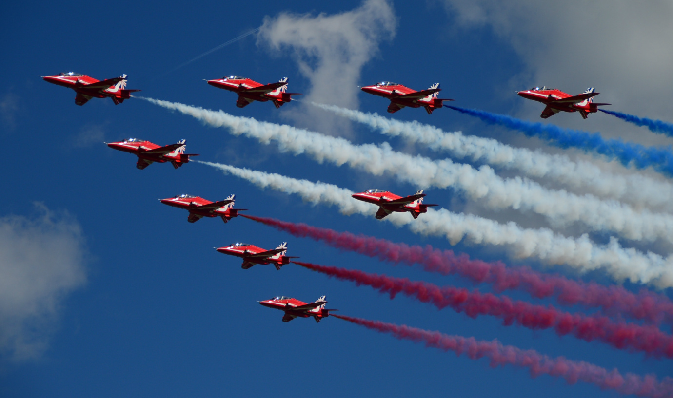 red arrow planes in formation