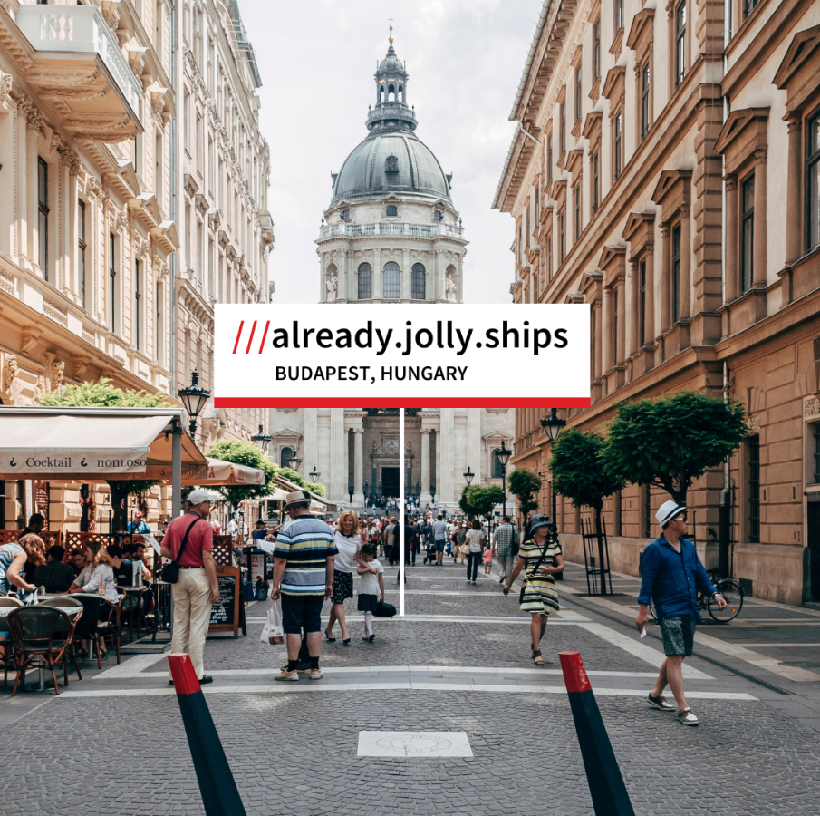 what3words address in Budapest street with cafe